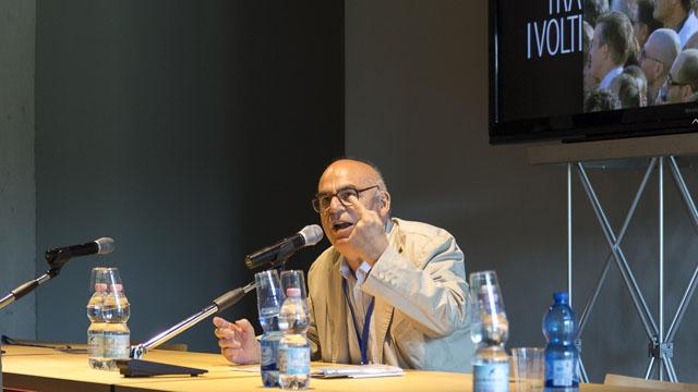 """Il filosofo Salvatore Natoli, durante l'intervento """"La visitazione: il volto dell'altro"""""""