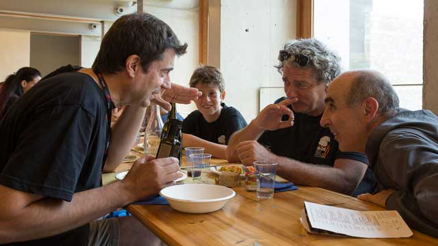 Refettorio - Claudio Grisanti (coordinamento organizzativo del Festival), Fabio Sonzogni (Direttore artistico) e fra Roberto Lanzi (delegato Comunità Monastica di Siloe per il Festival)